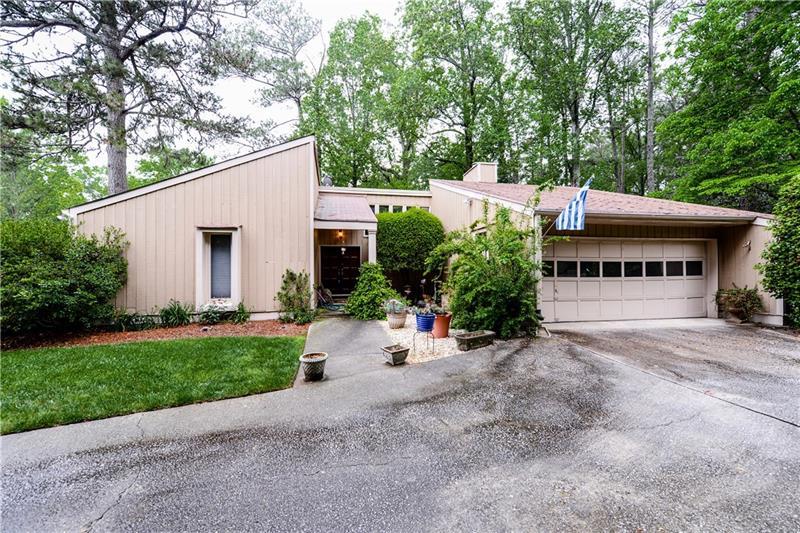 1164 NE Roxboro Cove, Atlanta, GA 30324