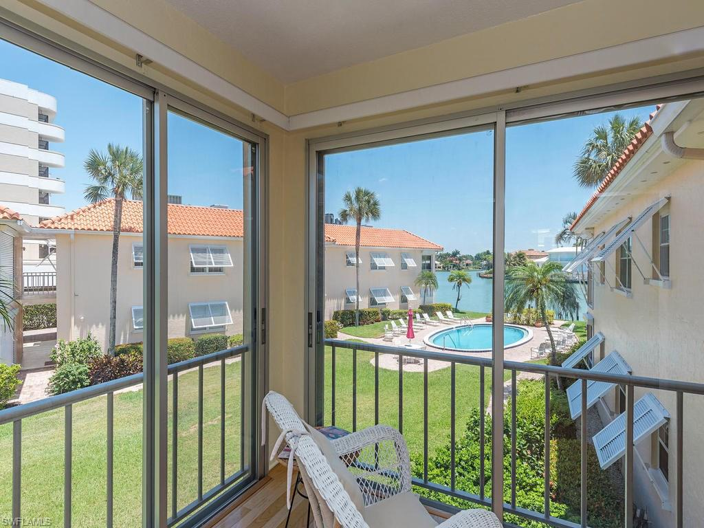 3070 Gulf Shore BLVD N 203, NAPLES, FL 34103