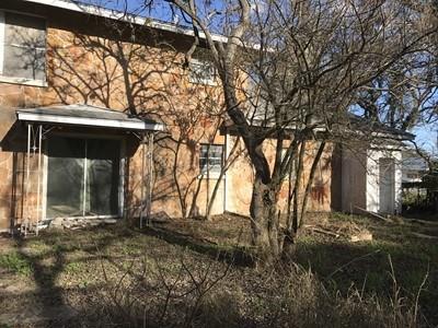207 N Monroe, Beeville, TX 78102