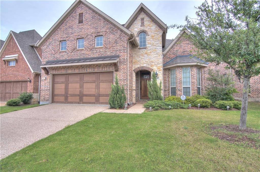 209 Florence Drive, Lewisville, TX 75056