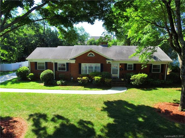 1201 S Wendover Road, Charlotte, NC 28211