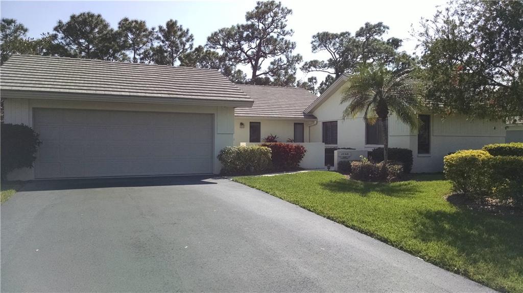 2105 NW Greenbriar Lane 19, Palm City, FL 34990