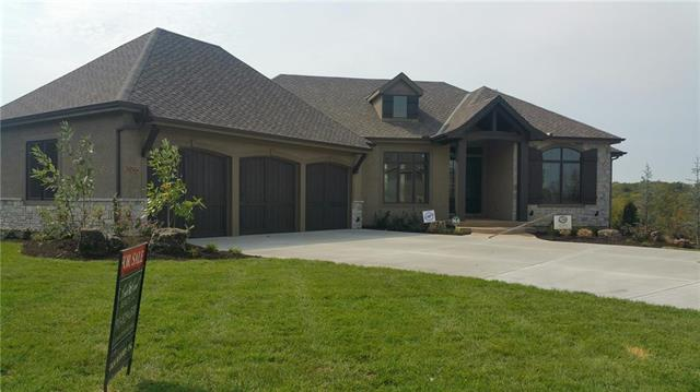 25207 W 105TH Terrace, Olathe, KS 66061