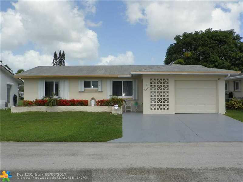 5007 NW 49th Rd, Tamarac, FL 33319