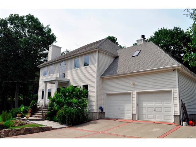 350 Orchard Road, Jefferson Valley, NY 10535