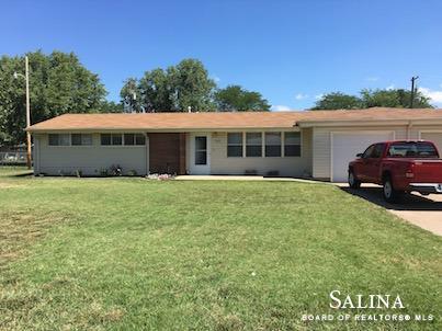 107 Hays Court, Salina, KS 67401